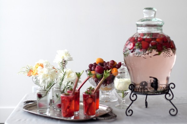 Fruit-and-Drink-Station-Wedding-600x399