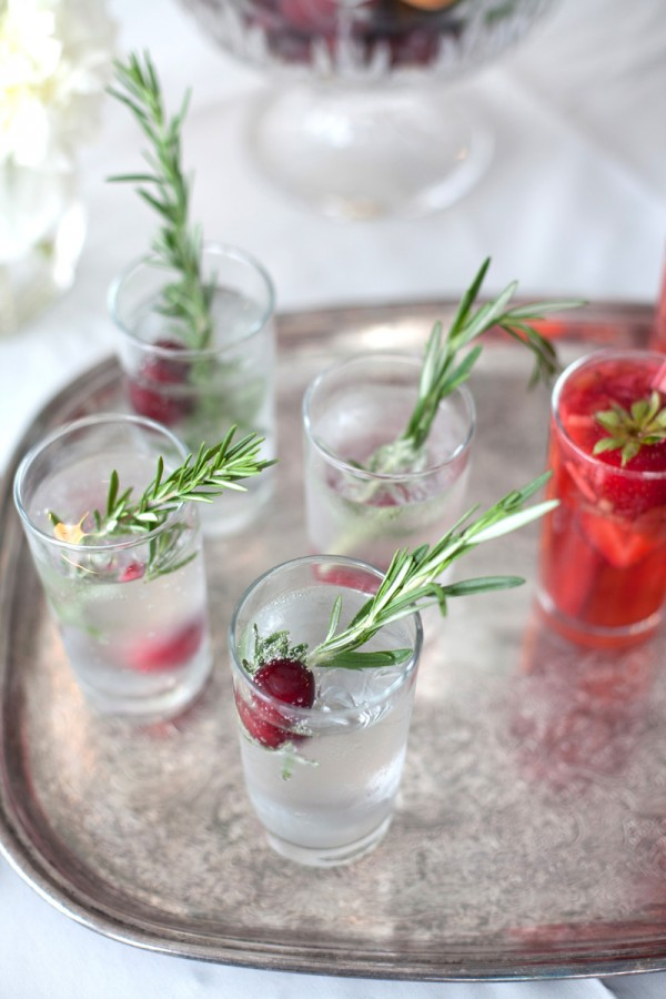 Herb-and-Berry-Spritzer-600x900